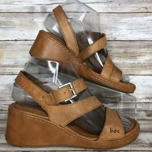 Born Concept 6M Brown Leather Wedge Casual Sandal